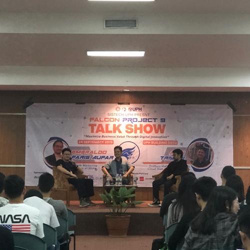MOKA dan Qwords Berbagi Inspirasi Bisnis Teknologi Digital di Acara Falcon Project Sistech UPH