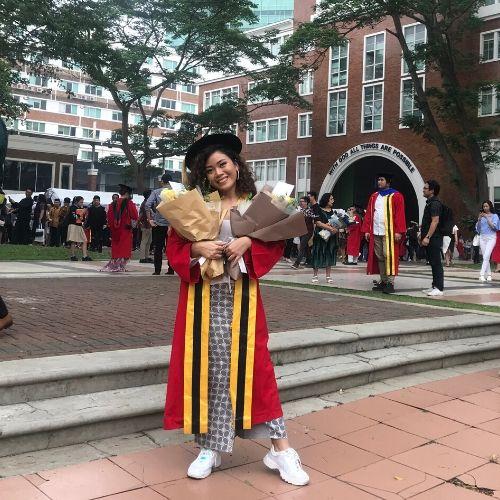 Moneva Penerima ICINC BEKRAF Resmi Sandang Gelar Sarjana di Wisuda UPH 2019
