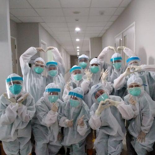 FK dan FON UPH Terjunkan Relawan Medis dan Perawat di Siloam Hospital