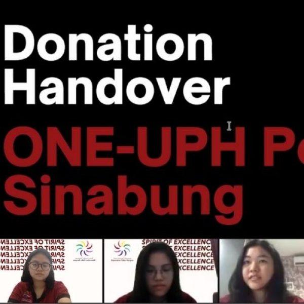 Peduli Sinabung, BEM Universitas Pelita Harapan Berikan Donasi